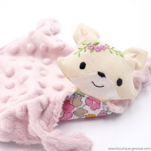 gnooss-boutique-Liberty Brod-Doudou plat Renard Liberty -Rose-4-GN_725813840_new