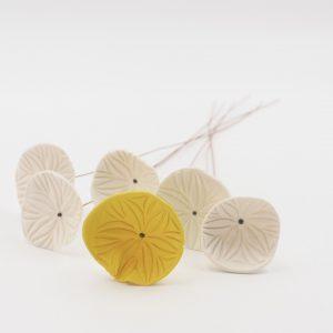 Nathalie-Wetzel-Bouquet-fleurs-porcelaine-Jaune-1