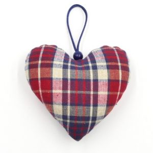 gnooss-boutique-christiane-koch-coeur-alsace-tissus-carreaux-rouges-et-bleus3