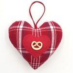 portrait-christiane-koch-coeur-alsace-boutique-gnooss-carreaux-rouges